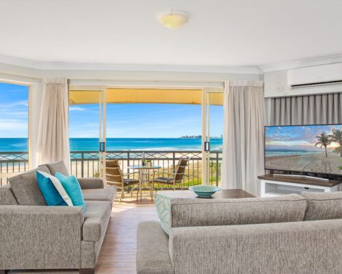 Gold-coast-waterfront-accommodation (7)