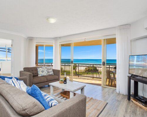 Gold-coast-waterfront-accommodation (8)