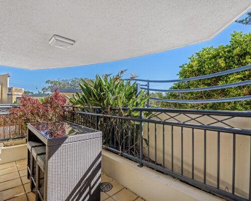 Golden-Riviera-1-Bedroom-Garden-View-Apartment (3)